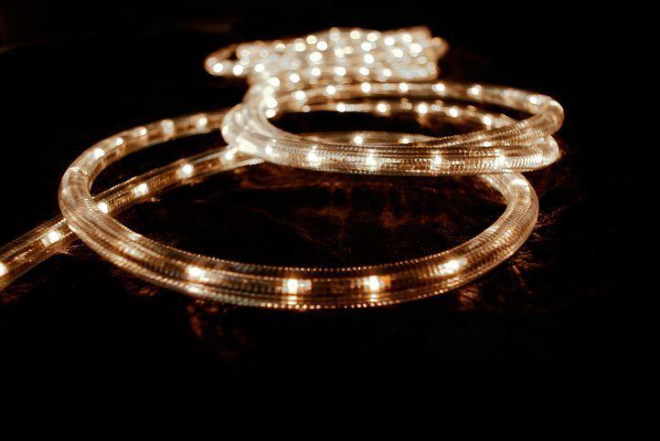 Svetelný kábel 10 m - teple biele, 360 minižiaroviek