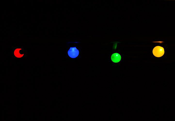 LED osvetlenie Garth s 20-timi žiarovkami – farebné