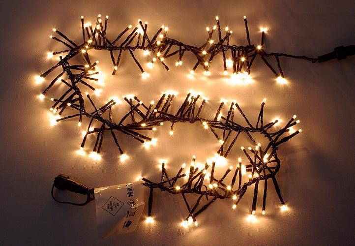 LED svetelný reťaz so 180 LED diódami