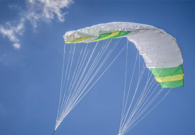 Lietajúca súprava 200 x 70 cm zeleno - biela