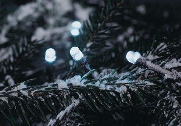 Vianočná LED reťaz - 30 m, 300 LED, studeno biela