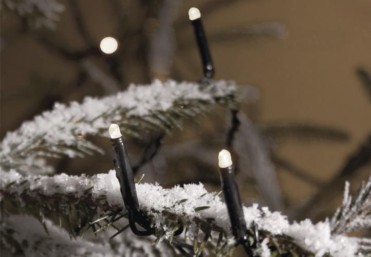 Vianočné LED osvetlenie 40 m - studené biele, 400 diód
