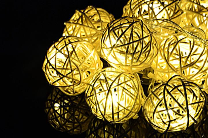 Vianočná dekorácia - 10 svetelných gúľ, 10 LED, teple biele