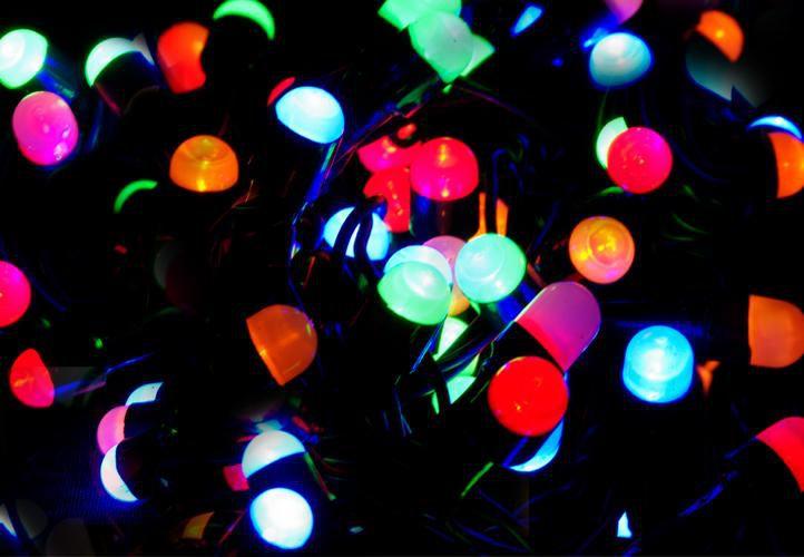Vianočné LED osvetlenie 20 m - farebné, 200 MAXI LED diód
