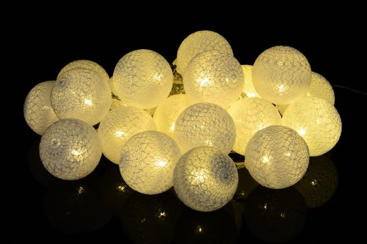 Vianočná dekorácia - 20 ks svetelných gulí - teplá biela 20 diód