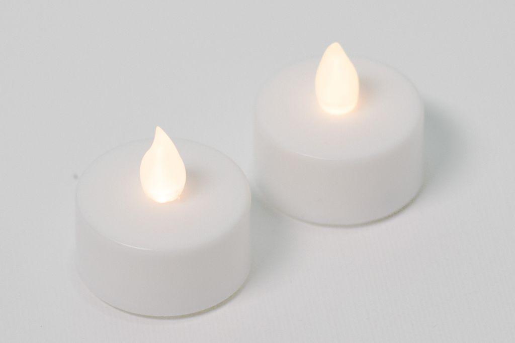 Dekoratívna sada - 2 čajové sviečky – biela