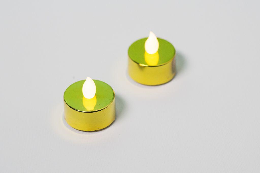 Dekoratívna sada - 2 čajové sviečky - zlatá