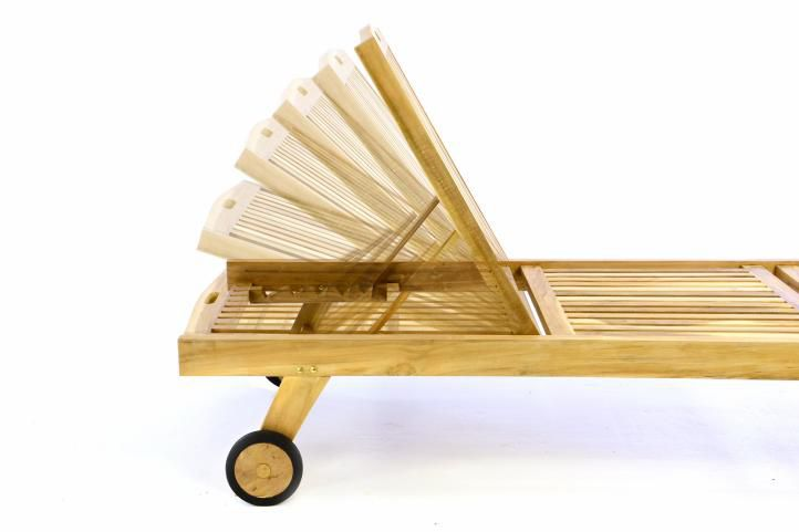 Záhradné ležadlo DIVERO - teakové neošetrené drevo