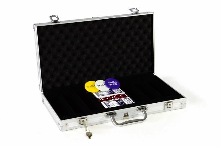 Hliníkový kufor na 300 ks žetónov s príslušenstvom