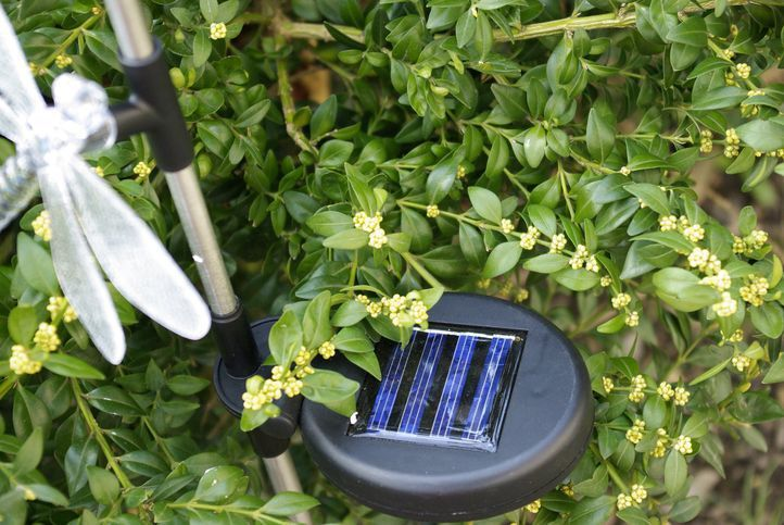 Dekoratívne záhradné solárne LED osvetlenie Garth