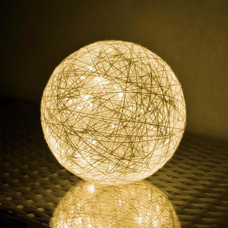 Svietiaca guľa - 30 LED, teple biela