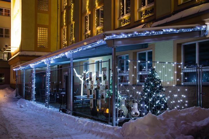Vianočná LED reťaz - 18 m, 200 LED, teple biela