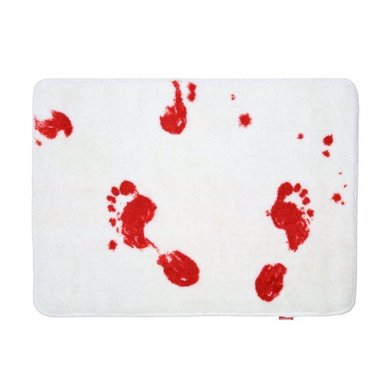 Krvavá koupelnová předložka