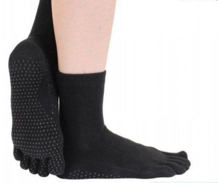 Ponožky na jogu a pilates