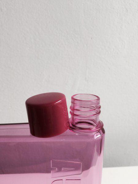 Fľaša na vodu v tvare zošita - A5  - ružová