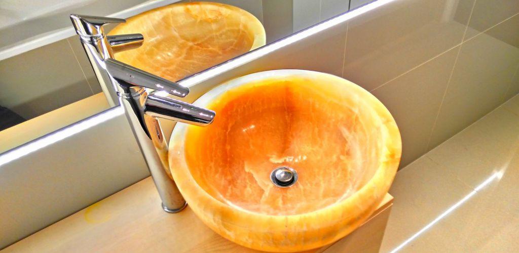 Umývadlo z prírodného kameňa Gemma 501 Onyx Ø 40
