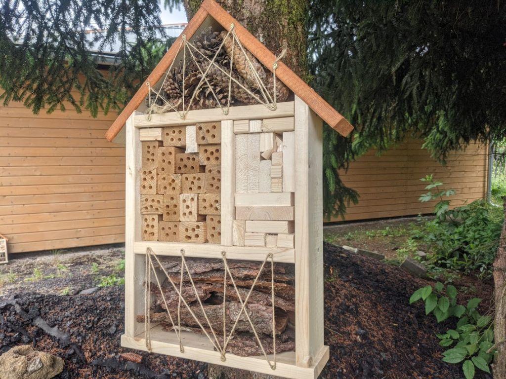 Hmyzí hotel - domček pre prospešný hmyz III.