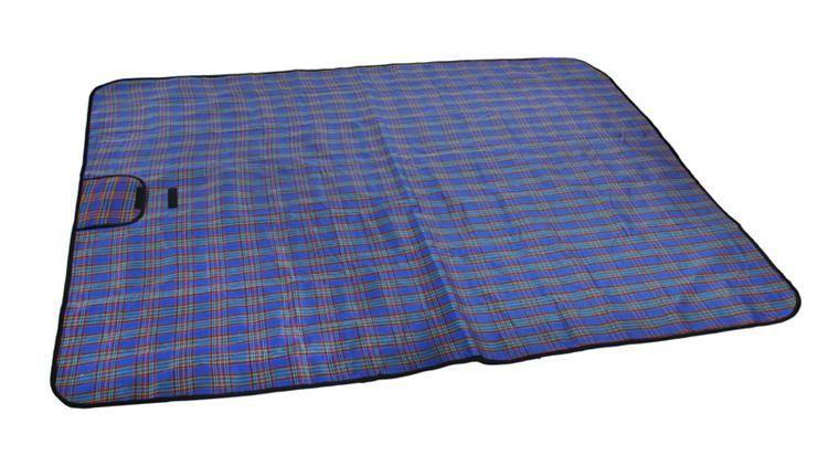 Pikniková deka - modrá kocka 180 x 145 cm