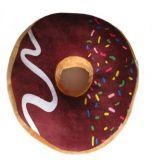 Vankúš donut 3D - hnedý s farebnou posýpkou