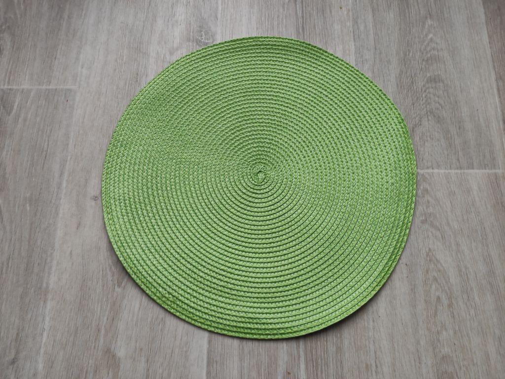 Prestieranie okrúhle 35 cm - svetlozelené